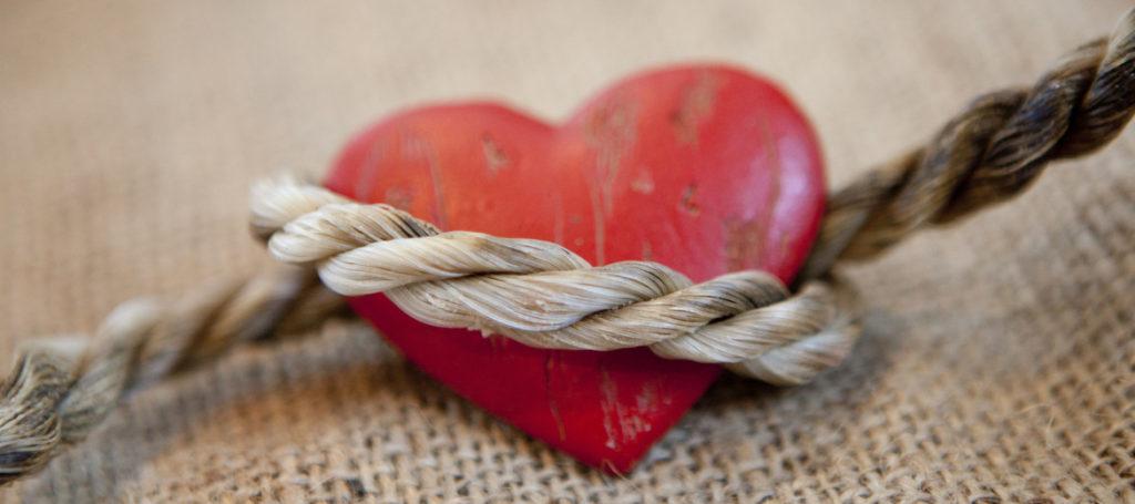 dipendenza affettiva cuore tra le corde
