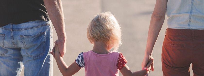 maltrattamenti genitori figli proiezioni